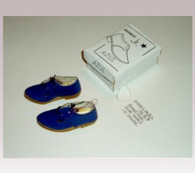 Hanni Sager, Miniature Shoes, (blue)