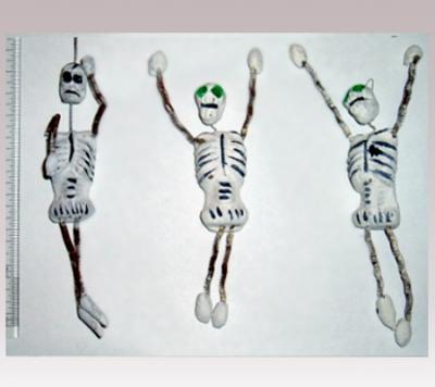 Hanni Sager, 3 Skeleton Figurines