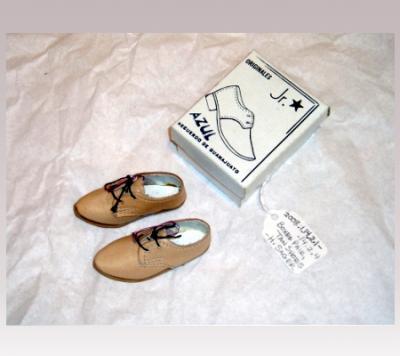 Hanni Sager, Miniature Shoes, (tan)
